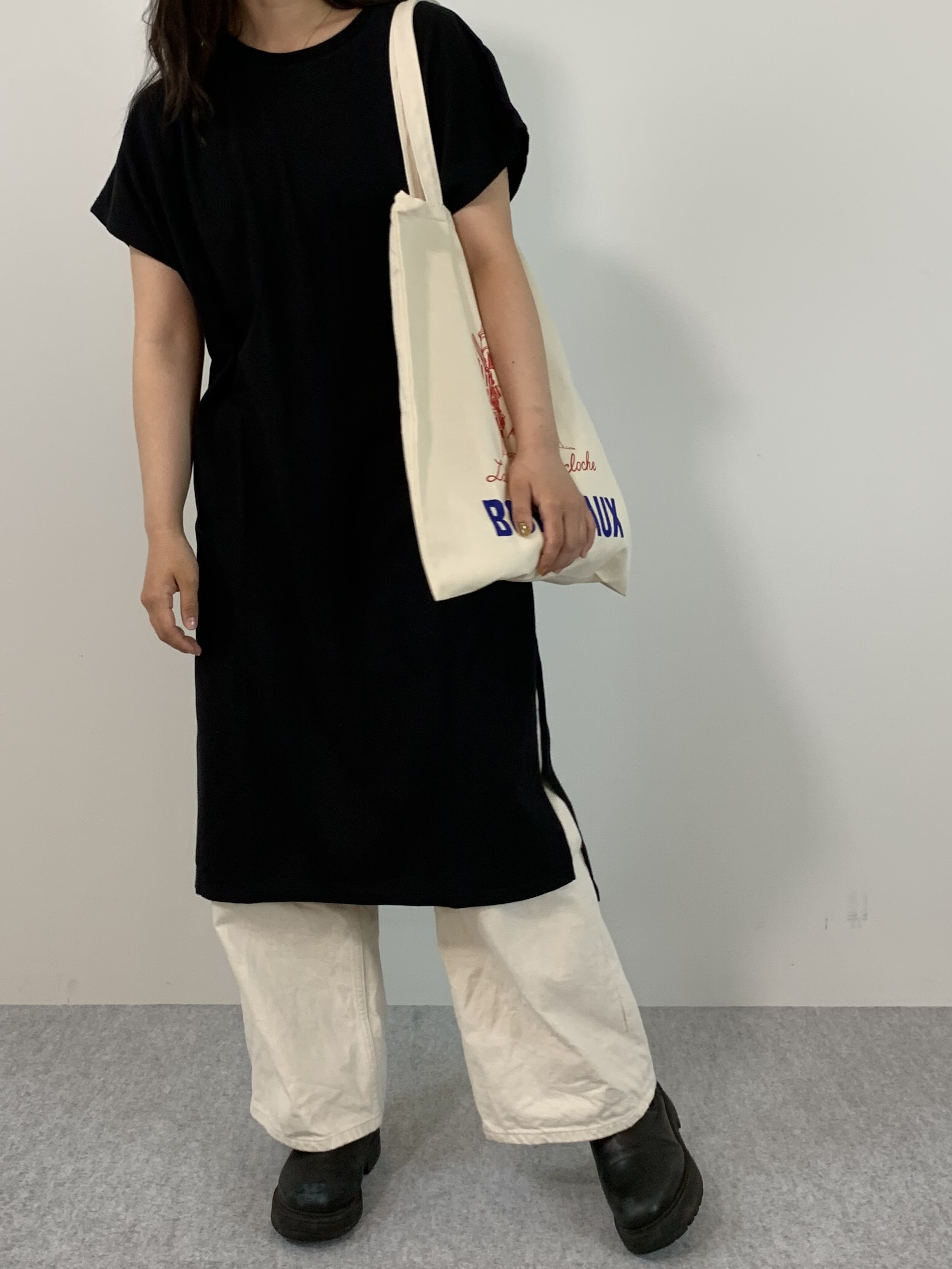 Women's COMFORT DRESS TUNIC T-SHIRTの着用画像5