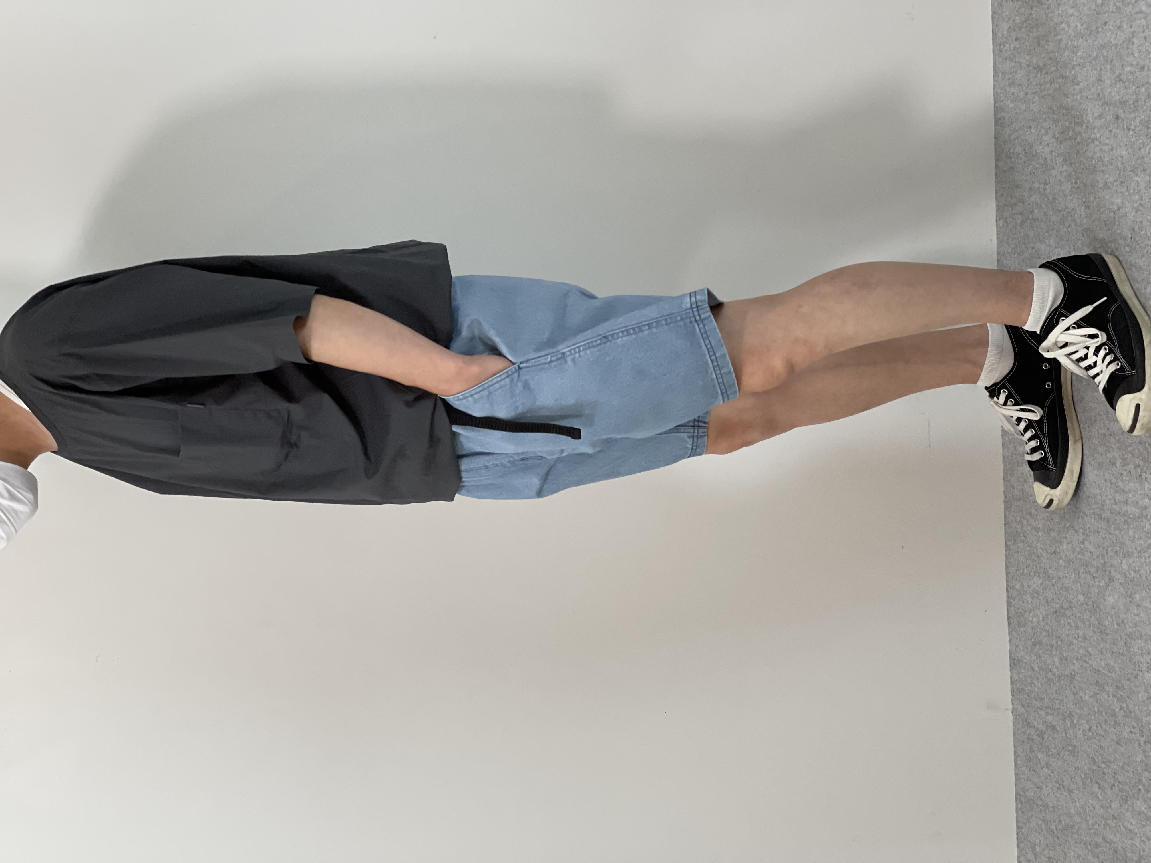 Mens 10.5oz DENIM CLIMB SHORT PANTSの着用画像1