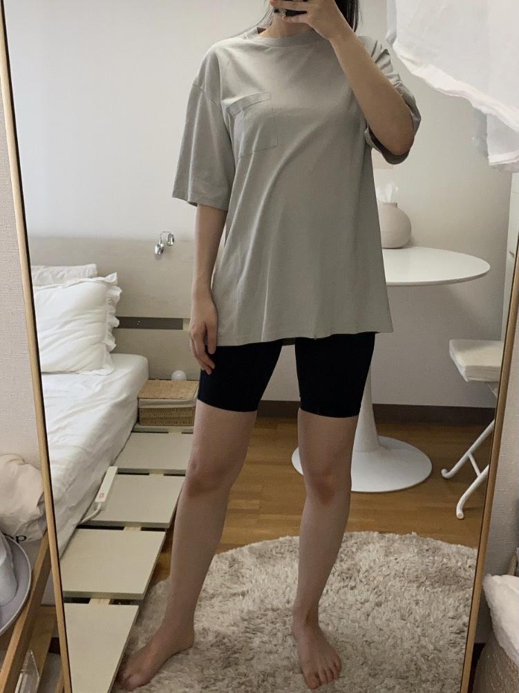 Genderless COMFORT T-SHIRTの着用画像3