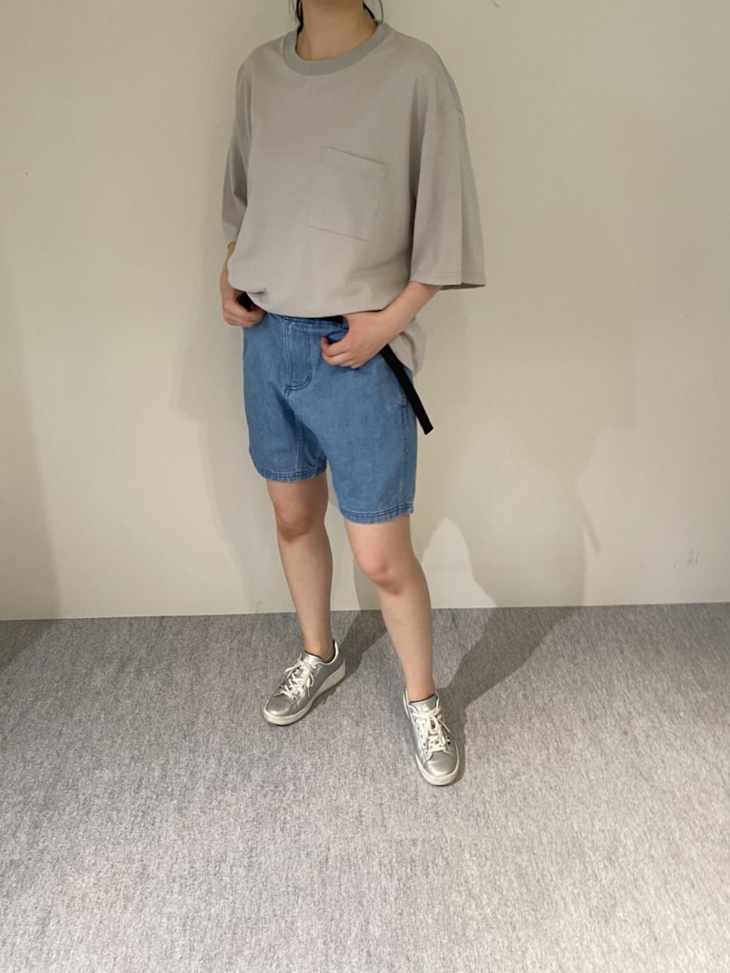 Genderless COMFORT T-SHIRTの着用画像9