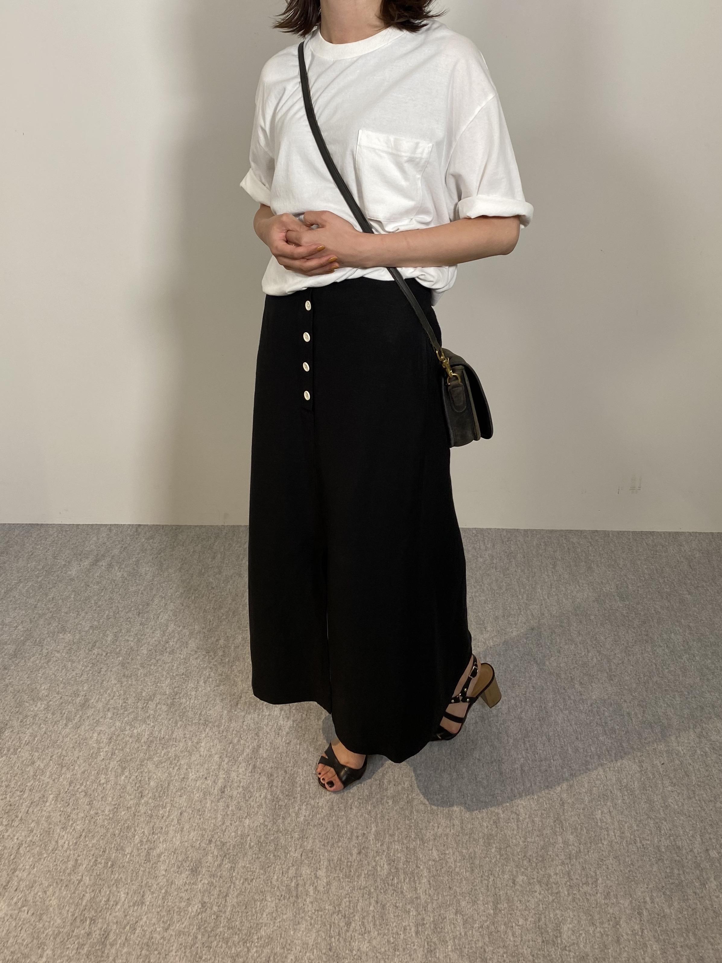 Genderless COMFORT T-SHIRTの着用画像15