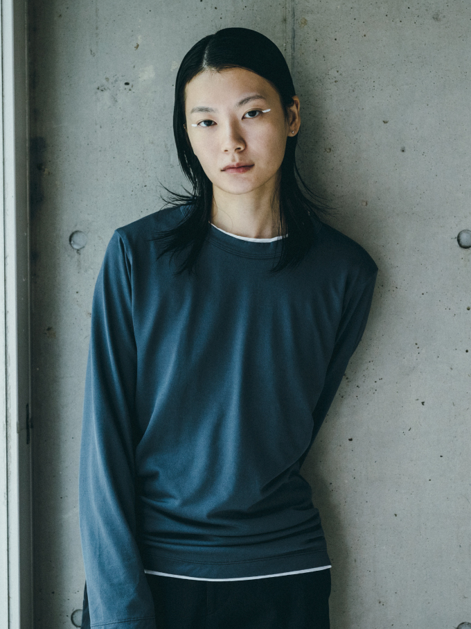 Genderless PERFECT L/S T-SHIRTのサムネイル1