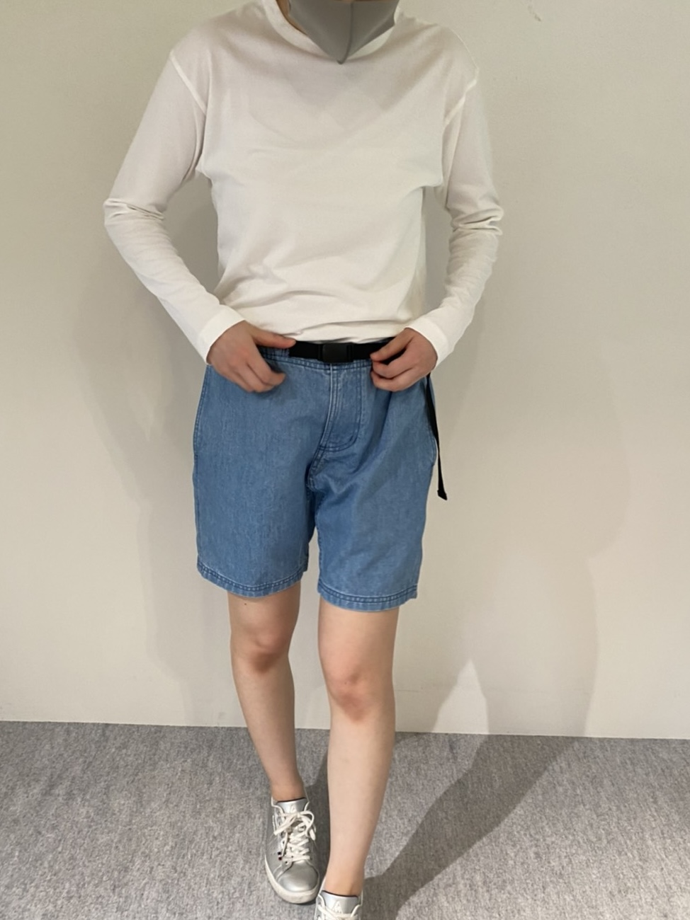 Genderless PERFECT L/S T-SHIRTの着用画像9