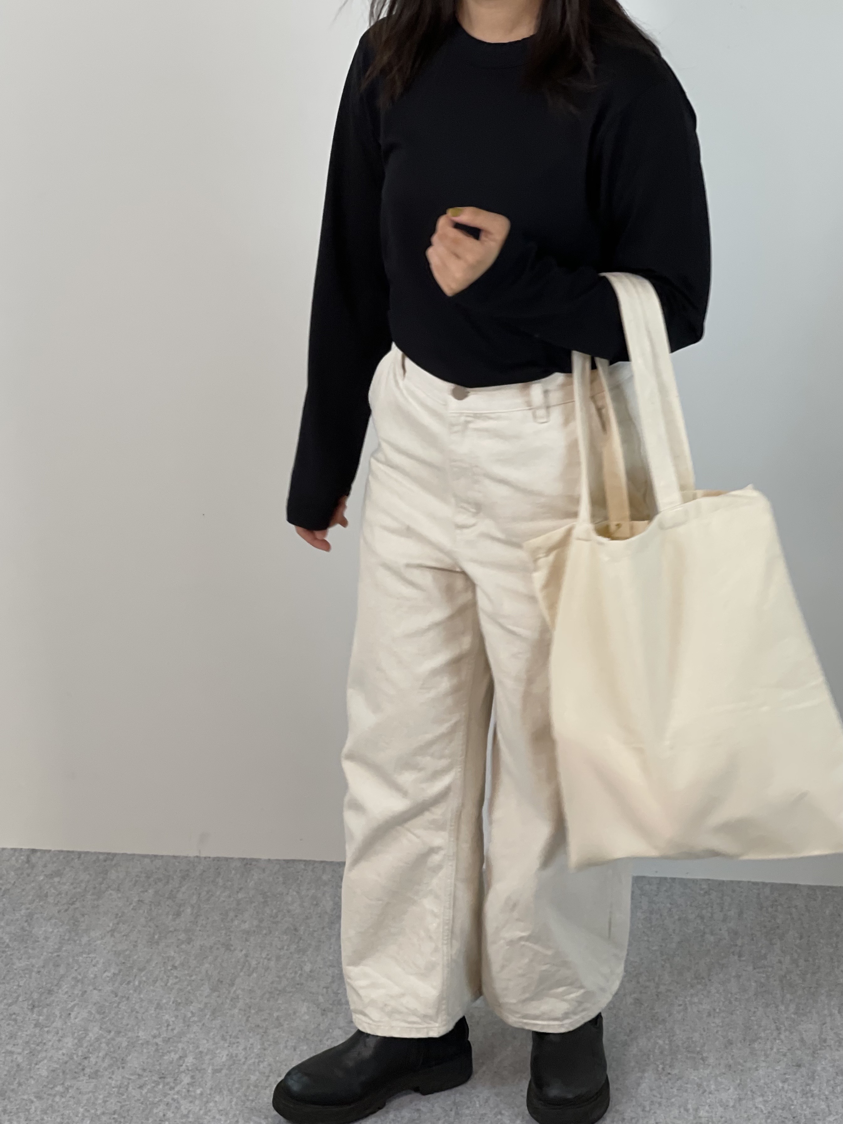 Genderless PERFECT L/S T-SHIRTの着用画像2