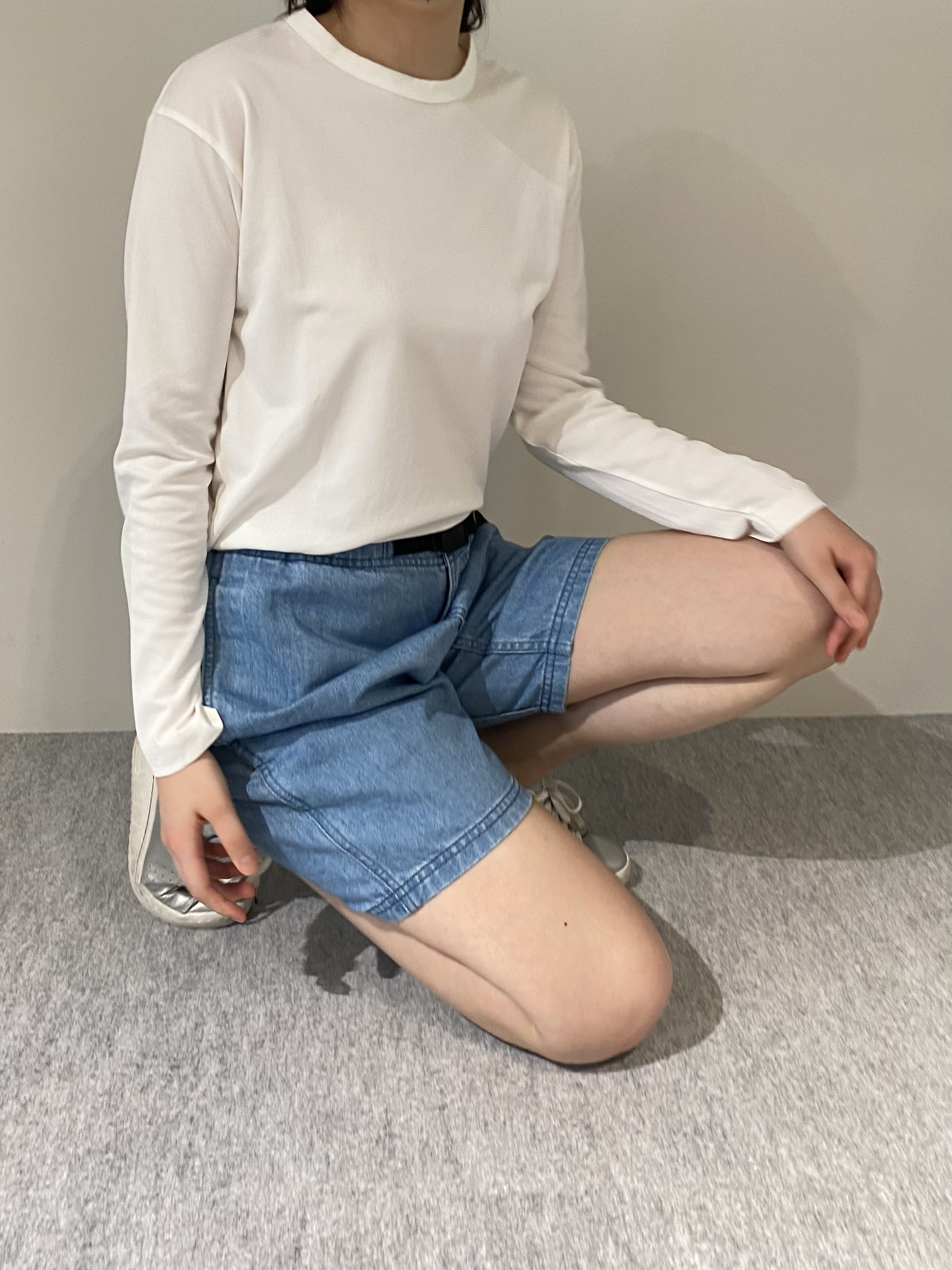 Genderless PERFECT L/S T-SHIRTの着用画像10